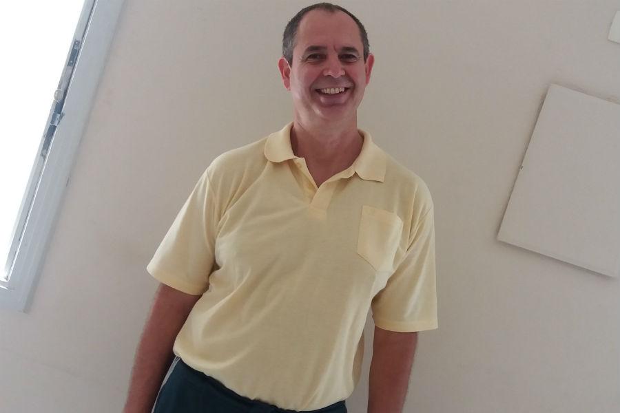 O professor Vanderlei Falcão: dedicação